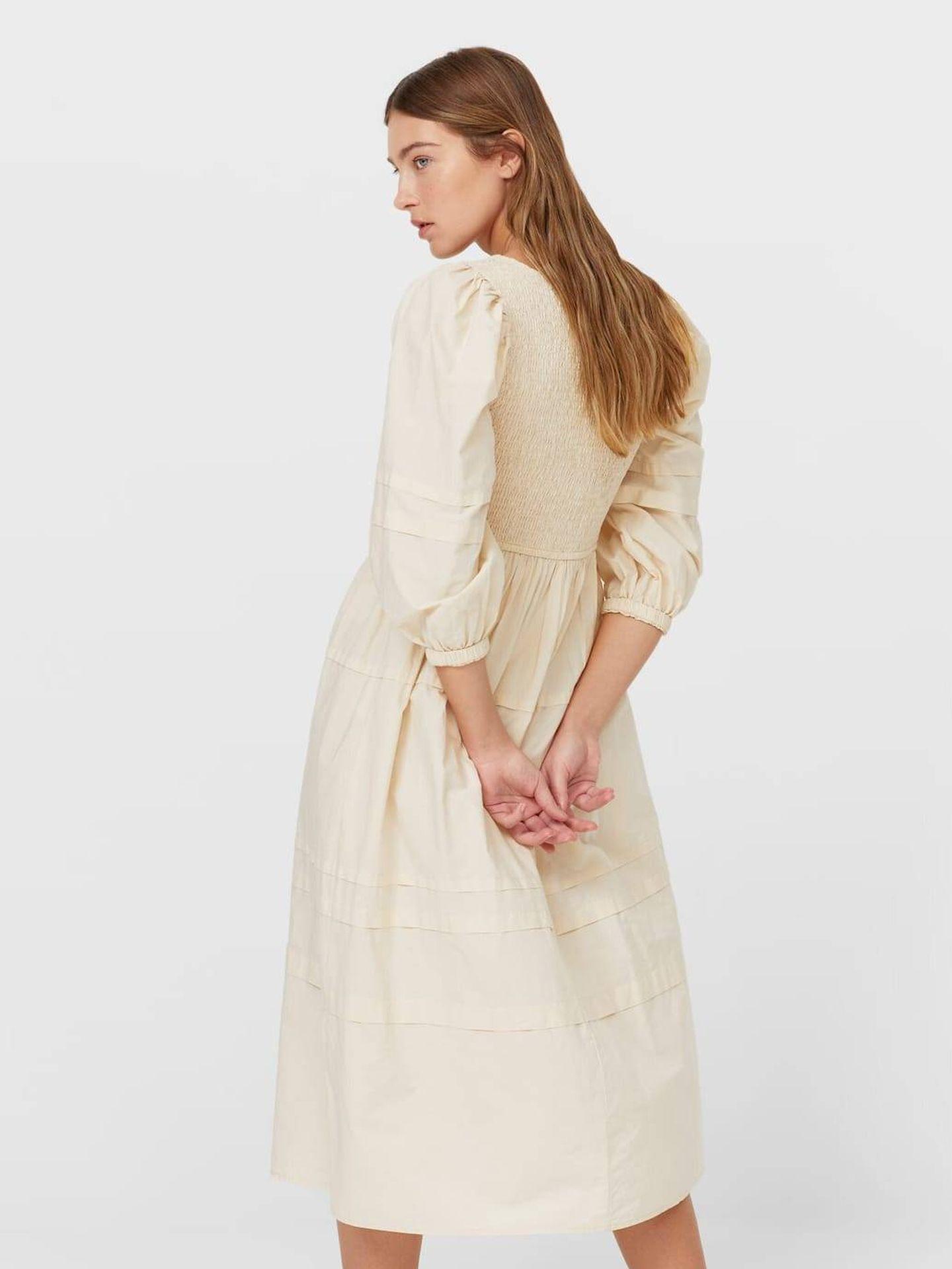 El vestido rústico de Stradivarius. (Cortesía)