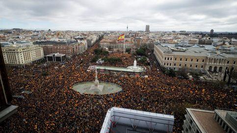 Miles de personas en Colón exigen el fin de la negociación con los separatistas
