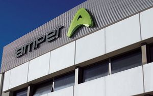 Amper negocia la entrada de varios accionistas para cerrar su refinanciación en dos meses