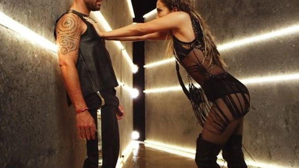 Jennifer López empotra a Ricky Martin