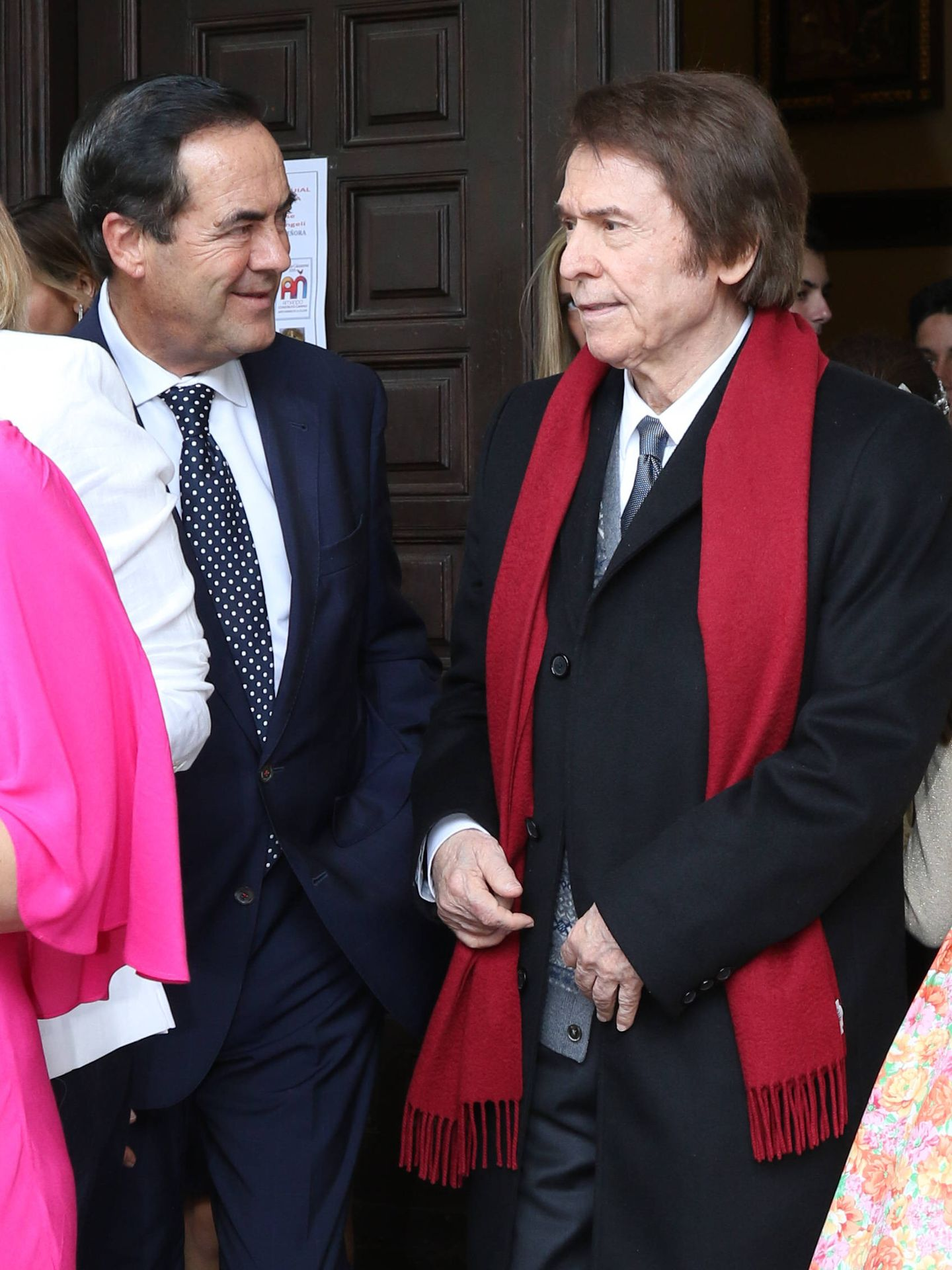 José Bono y Raphael. (Lagencia Grosby)
