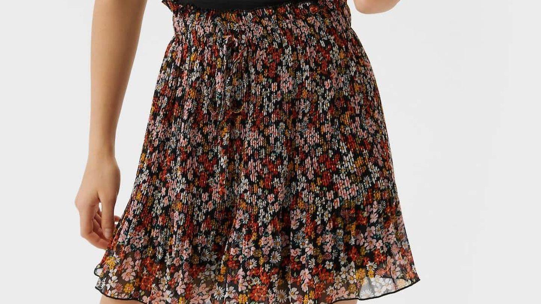 Falda pantalón de Stradivarius. (Cortesía)