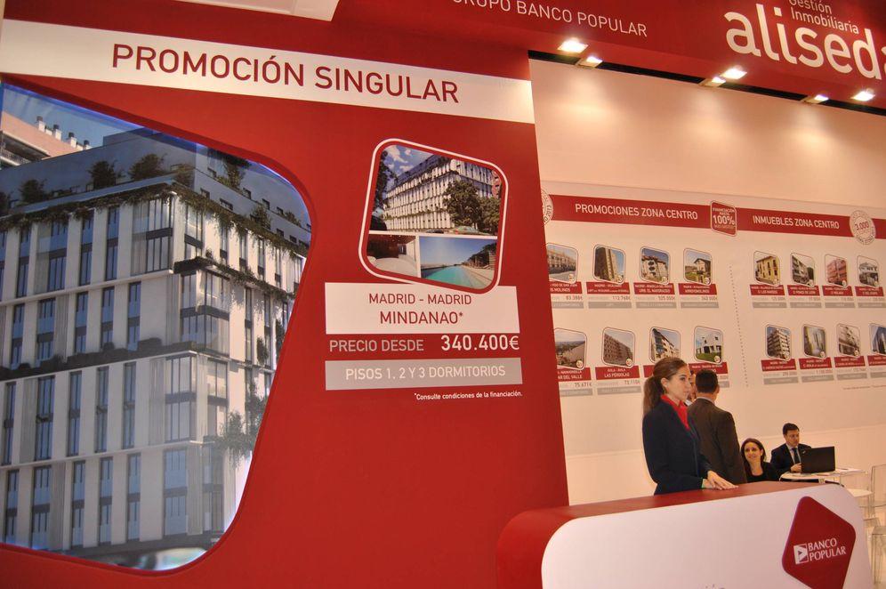 Foto: 'Stand' de Aliseda en el Salón Inmobiliario de Madrid. (El Confidencial)