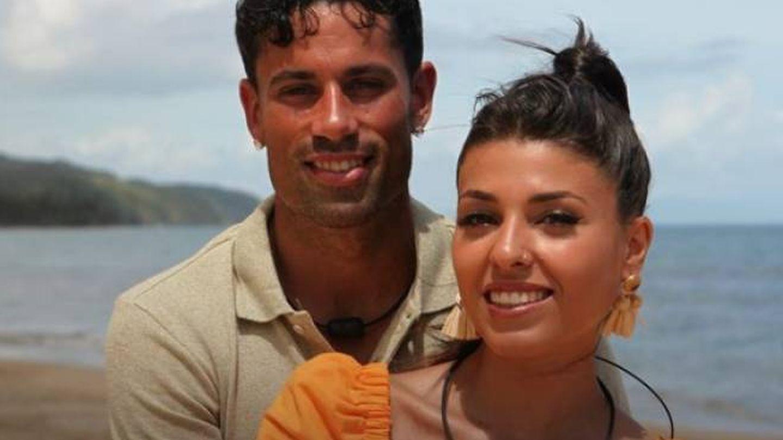 Diego y Lola, en 'La isla de las tentaciones'. (Telecinco)