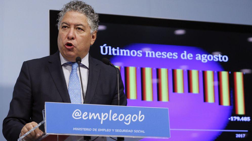 Foto: El secretario de Estado de Seguridad Social, Tomás Burgos, durante la rueda de prensa ofrecida para presentar los datos de paro registrado y afiliación de agosto. (EFE)