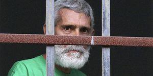 Foto: El juez concede la libertad a Bolinaga y rebaja a nueve meses su esperanza de vida