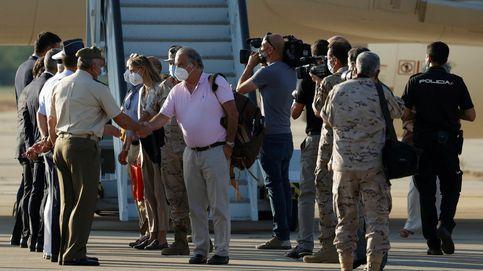El embajador español y los últimos evacuados afganos aterrizan en Torrejón
