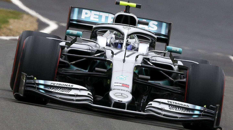 Valtteri Bottas en acción con su Mercedes. (EFE)