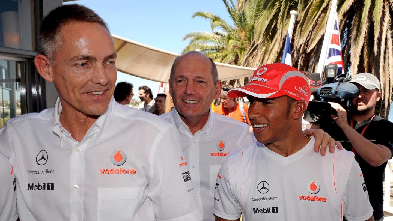 La mayoría de los pilotos que han trabajado con Whitmarsh, como Pedro de la Rosa, Fernando Alonso o Lewis Hamilton guardan un excelente recuerdo de él.
