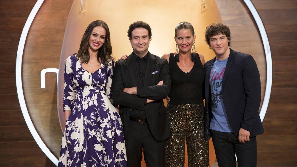 Foto: Eva González junto al jurado de 'MasterChef Junior 6'. (RTVE)