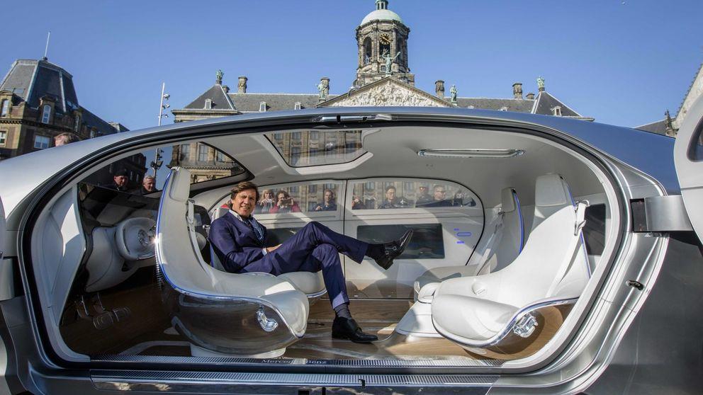 España se pone las pilas: la DGT regulará por 1ª vez el coche autónomo en 2017