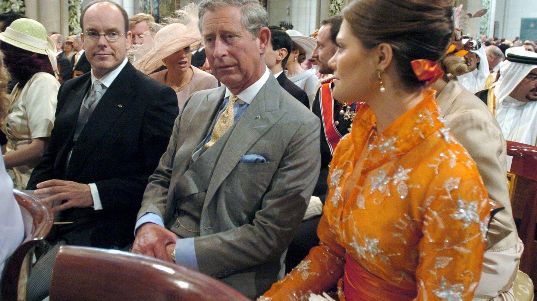 Victoria de Suecia, Carlos de Inglaterra y Alberto de Mónaco. (Getty)