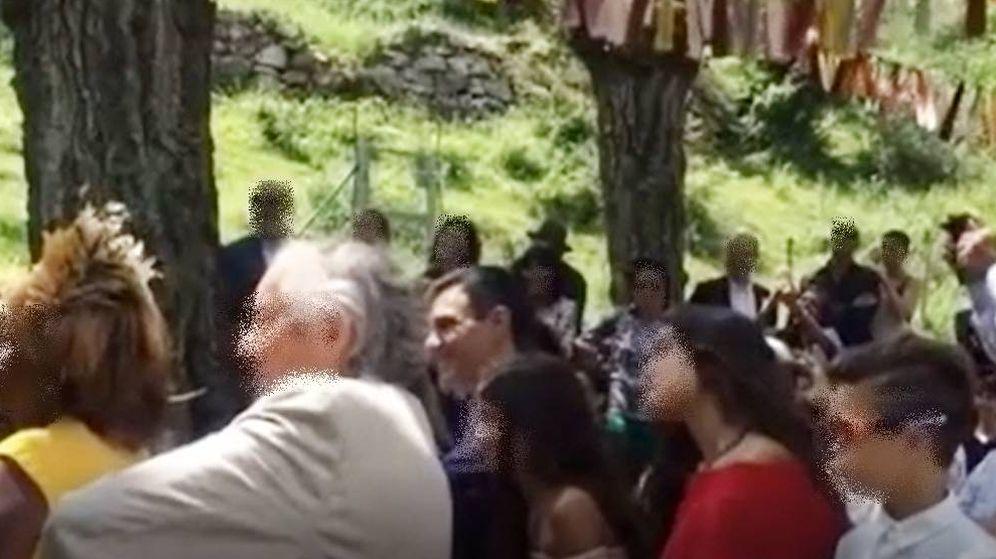 Foto: Pedro Sánchez, en un momento de la boda de su cuñado en La Rioja.