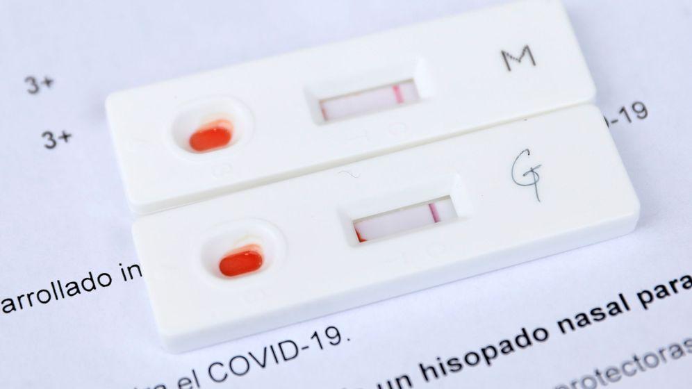 Foto: Un test de anticuerpos contra el covid-19. (Reuters)