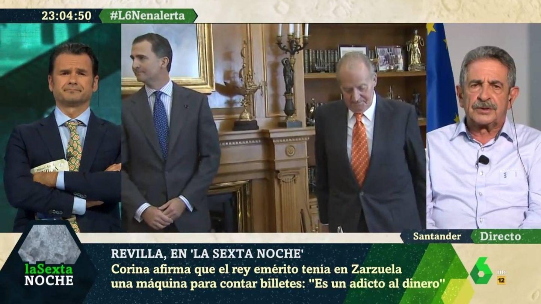 Iñaki López escuchando la opinión de Revilla sobre Felipe y Juan Carlos. (La Sexta).