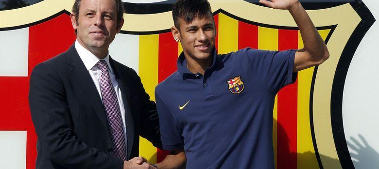 Foto: Rosell y Neymar, el día de la presentación del astro brasileño con el Barcelona.