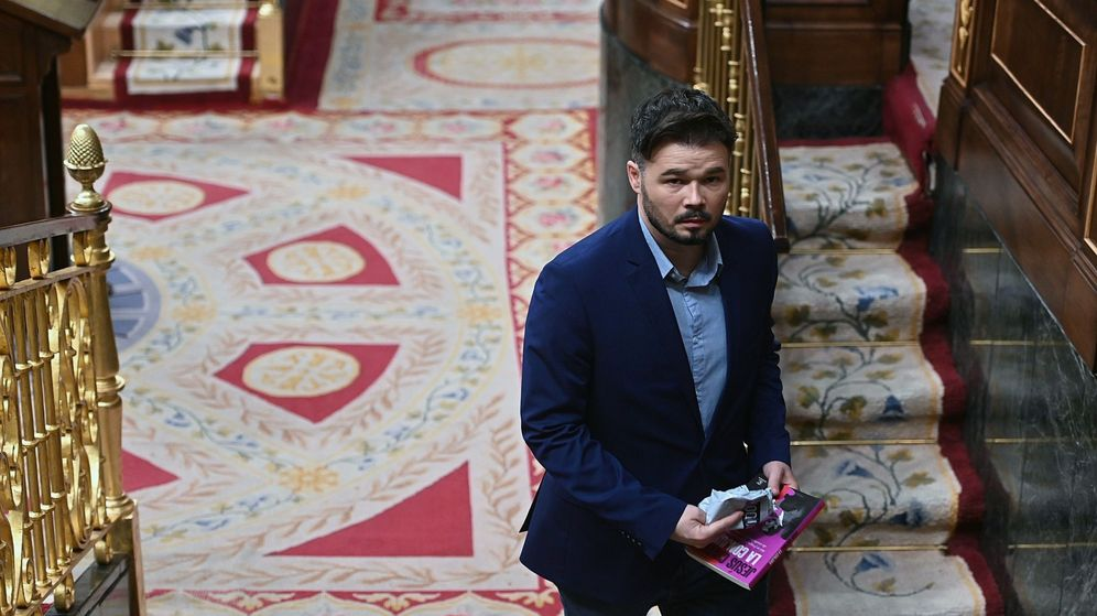 Foto: El portavoz de ERC, Gabriel Rufián, durante el pleno celebrado el pasado jueves en el Congreso. (EFE)