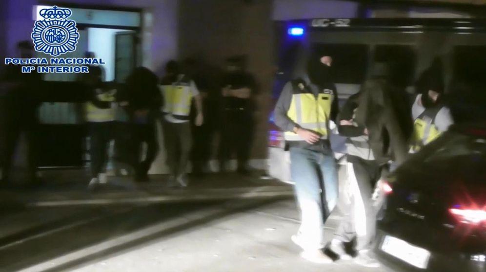 Foto: Imagen tomada de vídeo. La Policía Nacional ha detenido al máximo responsable en España de Muntasir Media. (EFE)