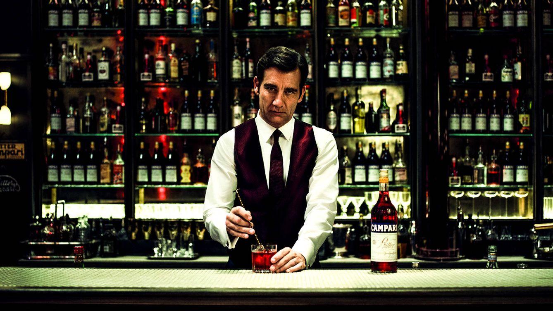 Foto: Clive Owen es Floyd en el recién estrenado corto de Campari, 'Killer in Red'.