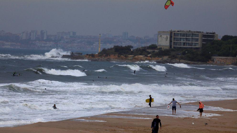 Huracán Leslie: pierde fuerza pero gana velocidad mientras se aproxima a Portugal