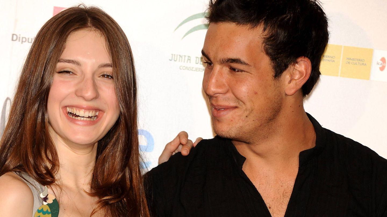 María y Mario, sonrientes. (Getty)