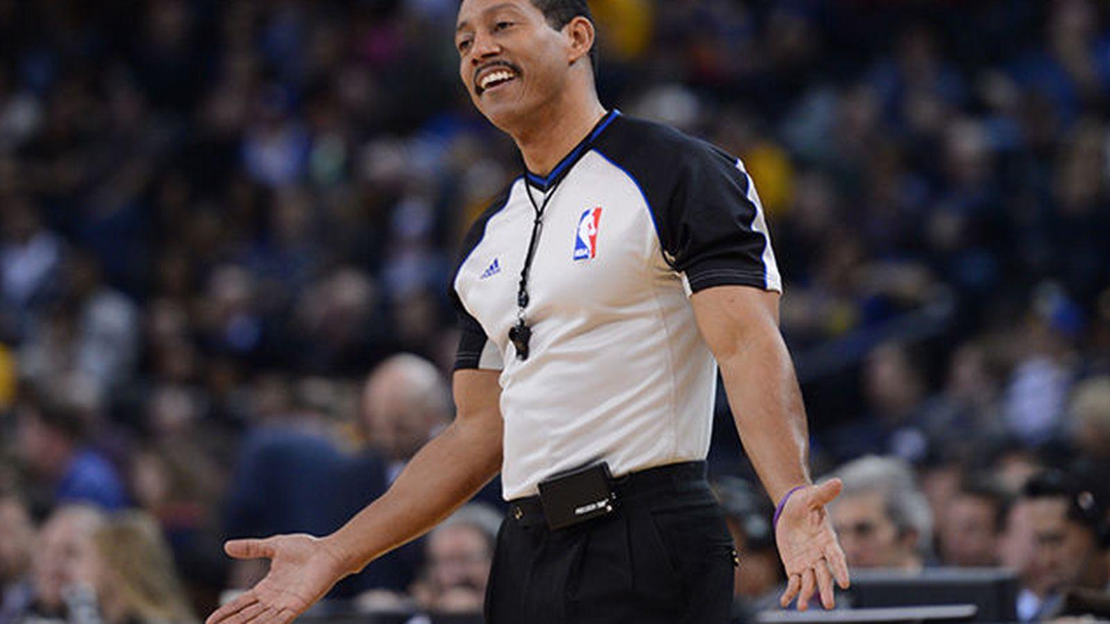 Foto: Bill Kennedy sonríe durante un partido de la NBA (Reuters).