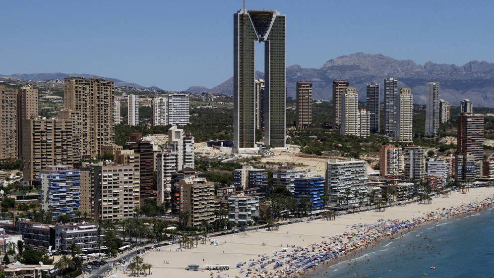 Foto: Si alquilaste la casa de la playa, Hacienda mirará con lupa tu declaración. (Benidorm. Foto: Reuters)