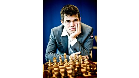 Tras la pista de Carlsen, el campeón de ajedrez al que todos quieren ganar