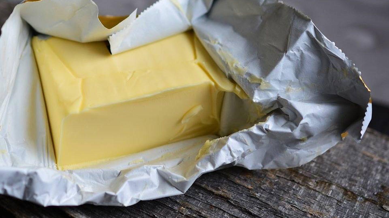 Un bloque de mantequilla.