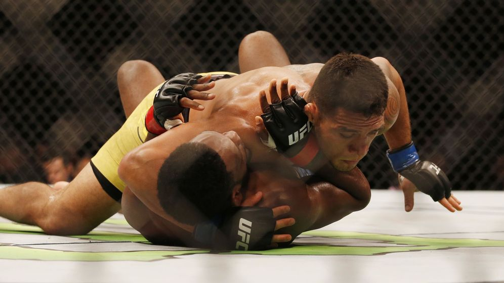 Foto: Rafael dos Anjos en una pelea anterior (USA TODAY Sports).