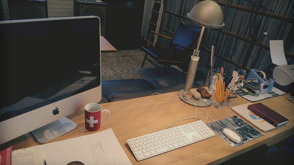 Murakami descubre los secretos de su escritorio
