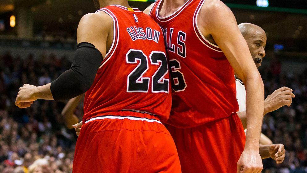 Unos brillantes Bulls acaban con los Bucks y se citan en 'semis' con LeBron