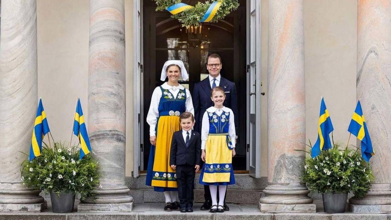 Oscar de Suecia vuelve a robar protagonismo:ilusión (y saltos) en el Día Nacional
