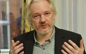 """Assange: """"Google es más poderoso de lo que la Iglesia nunca fue"""""""