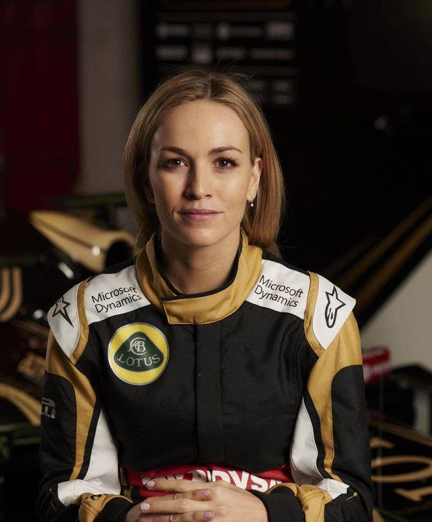 Foto: Carmen Jordá, piloto de desarrollo del Renault F1 Team.