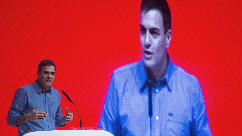 Pedro Sánchez, este 15 de julio en Barcelona, durante su intervención en el mitin de proclamación de Miquel Iceta como candidato del PSC a la Generalitat. (EFE)