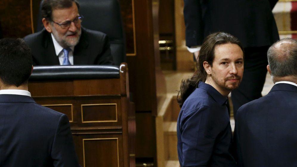 Foto: Mariano Rajoy y Pablo Iglesias, el día de la Constitución de las Cortes. (Reuters)