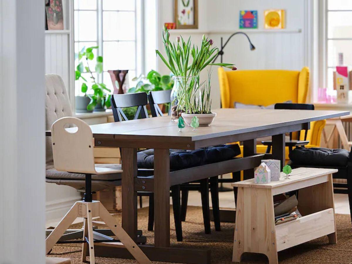Foto: El banco de madera de Ikea ideal para cualquier estancia. (Cortesía)