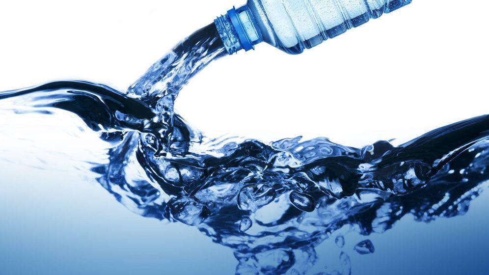 Foto: De la botella a tu organismo. (iStock)
