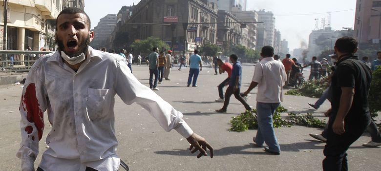 Foto: Un miembro de los hermanos musulmanes, herido (reuters)