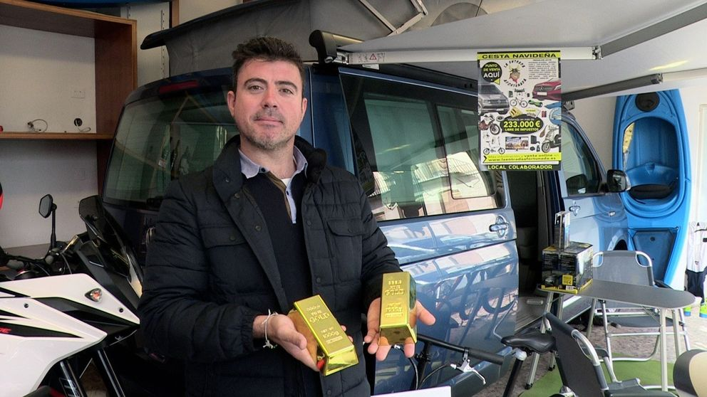 Los otros 'gordos' de la Lotería de Navidad: cestas millonarias con coches y viajes