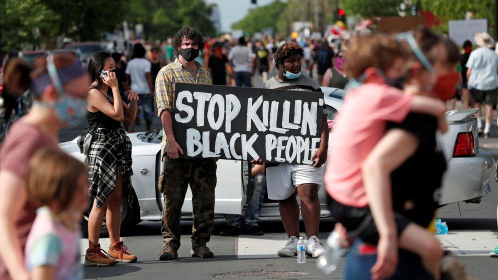 Foto: Los manifestantes en Mineápolis. (Reuters)