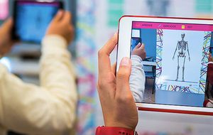 Zientia, la plataforma educativa que enseña con realidad aumentada