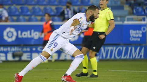 El Madrid de Ancelotti se estrena con victoria y doblete de Benzema contra el Alavés (1-4)