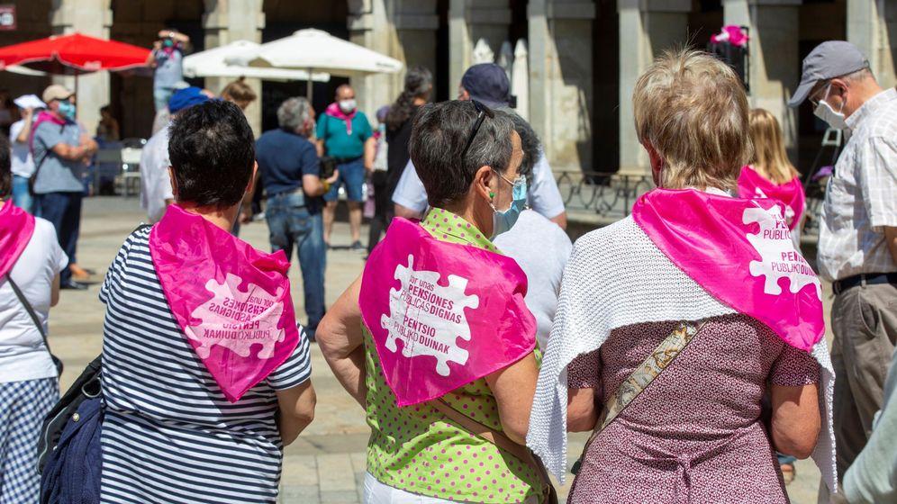 Foto: Protestas del movimiento de pensionistas en Vitoria. (EFE)