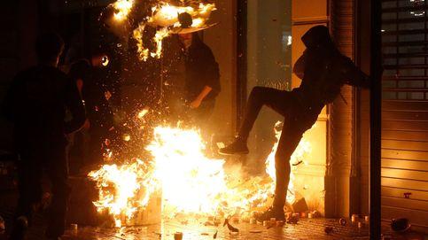 Grupos de extrema derecha e independentistas radicales se enfrentan en Barcelona