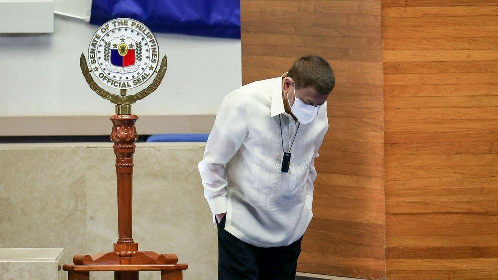 Foto: Rodrigo Duterte, tras pronunciar su discurso sobre el estado de la nación (EFE/EPA)