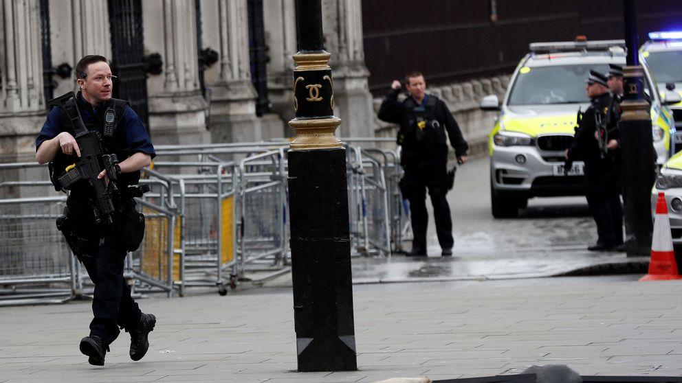 Atentado de Londres: la Policía detiene a ocho personas