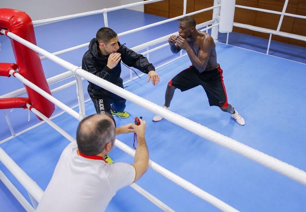 Foto: Youba Sissokho, durante un entrenamiento en Río de Janeiro (EFE)