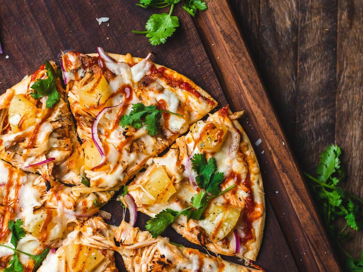 Foto: Recetas de pizza originales y saludables. (Chad Montano para Unsplash)